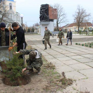 Тривають роботи з благоустрою міста Сновськ