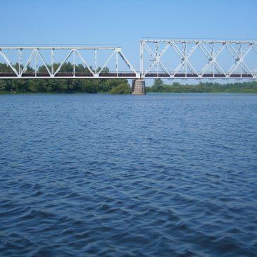 За результатами досліджень районного лабораторного відділення, вода у річці Сновськ відповідає нормативним вимогам