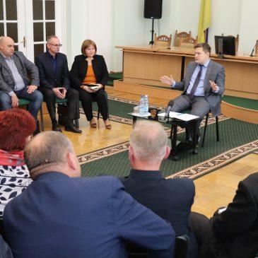 Андрій Прокопенко зібрав голів об'єднаних територіальних громад