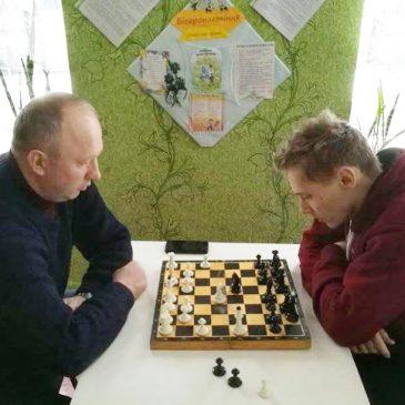 Шаховий та шашковий турніри у Сновську