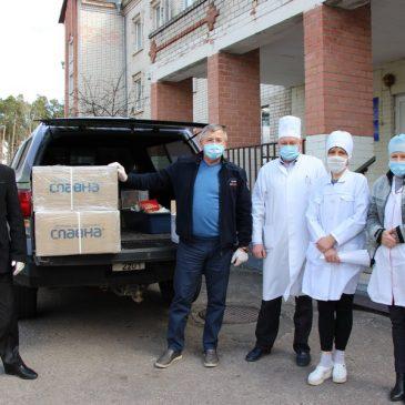 Наш земляк Володимир Артеменко відвідав малу батьківщину і надав благодійну допомогу медичним закладам Сновщини