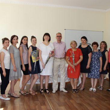 Міський голова Олександр Медведьов привітав держслужбовців Сновщини зі святом