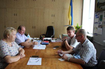 21 липня в.о.голови Корюківської райдержадміністрації Анжела Ющенко та її заступник Олексій Мотчаний з робочим візитом відвідали Сновську громаду.